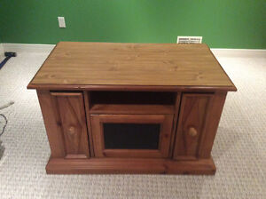 TV Stand / Entertainment Console