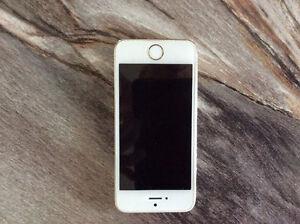 Iphone SE en très bonne condition