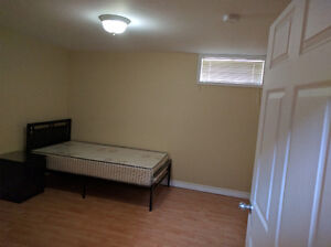 5 furnished BDRMs avail. near UW/WLU (Utilities, Internet incl.) Kitchener / Waterloo Kitchener Area image 8