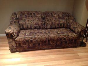 Causeuse-lit et chaise berçante