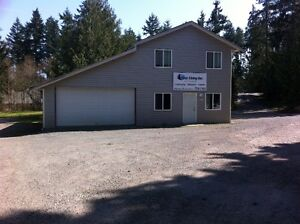 1600 sft shop/office/yard for rent in jingle area on 3 acres
