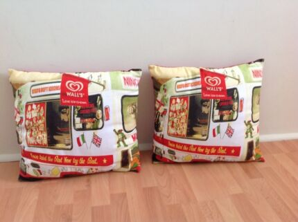 Two retro print cushions  Currambine Joondalup Area Preview