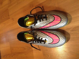 Nike soccer shoes: Hypervenom