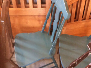 4 Wooden kitchen chairs