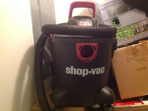 Perfect condition wet/dry shop vacuum