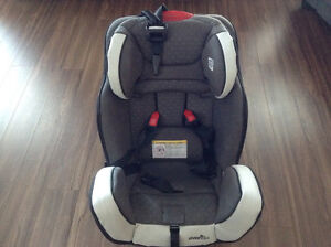 EvenFlo Symphony65 3in1 Car Seat