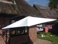 Garden canopy/sunshade