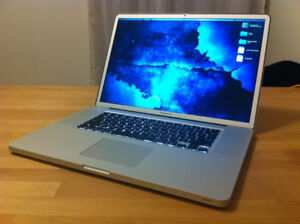 Macbook Pro 17inch 2.9ghz 4gb memory 500gb LOTS OF SOFTWARE!
