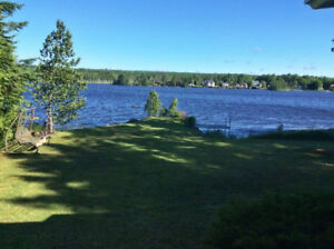 Charmant chalet avec vue et accès au Lac-Algonquin