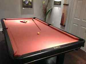 Used Pool Table for Christmas DELIVERY INCLUDED Cambridge Kitchener Area image 2