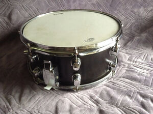 Snare Drum - Ebony stain