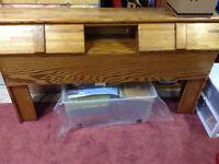 Solid 3 Piece Oak Bed Set