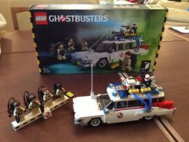 LEGO Ghostbusters ECTO 1 Car Model