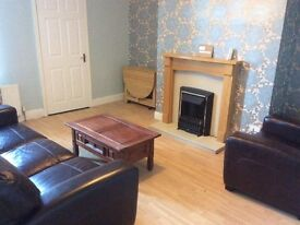 Double rooms in 3 bed flat in Gateshead close to Metro inc bills