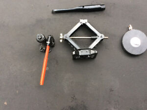 Car Jacks and tape measure - never used