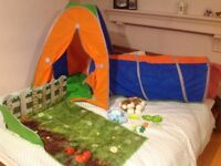 Pop up Tent, Tunnel and Dream Town Garden Excellent