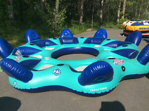 8 person inflatable raft