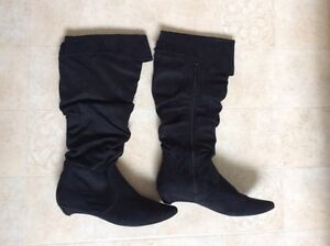 2 pair of black boots - size 38 / 8