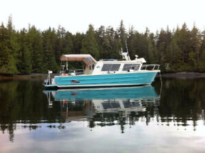 Aluminum 2005 Coastal Craft 32