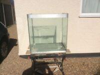 Open toped aquarium vivarium fish tank