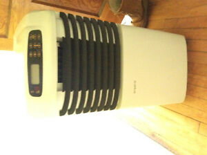 Simplicity Dehumidifier/Air conditioner