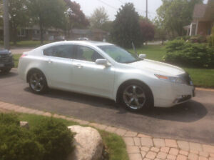 2009 Acura TL SHAWD Low Km