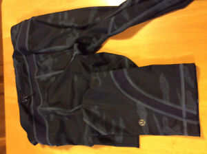 Ladies lululemon capris