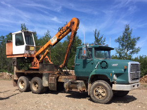 Ford 8000 with Barcko loader 130