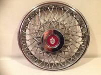 OLDSMOBILE CIERA WIRE HUBCAP WHEEL COVER ( ONE ONLY )
