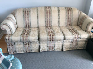 Couch excellent condition