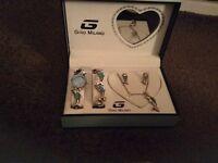 Gino Milano jewellery set BRAND NEW