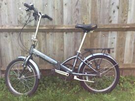 Raleigh Parkway LITE Folding bike