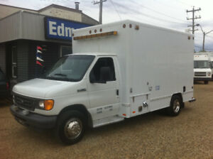 2006 FORD E-450 14FT UTILITY VAN
