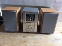 Sanyo DAB and CD Hi-Fi with Shelf Size Speakers