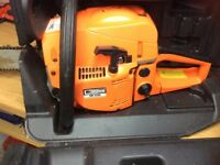"18"" Petrol Chainsaw. excellent condition"