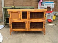 Brand new 4ft 2 tier rabbit hutch in gold