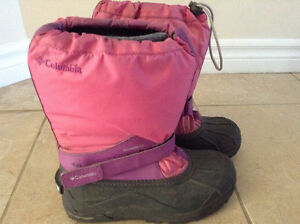 Size 4 Youth Columbia Winter Boots great condition London Ontario image 1