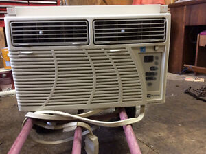 May tag Window Air Conditioner
