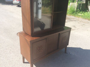 Two piece display hutch $70.00