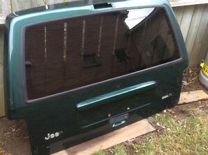 1998-2001 JEEP CHEROKEE XJ METAL TAILGATE  SHELL USED GOOD CONDT Cambridge Kitchener Area image 2