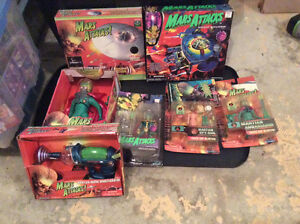 Mars Attacks Collectibles