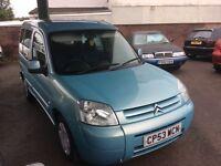 2004 Citroen Berlingo 1.9 Diesel Mpv-1 owner-March 17 mot-great economy-great value