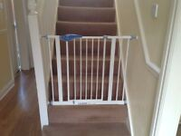 Lindam stairs safety gate