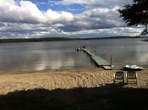 Grand lac navig. PLAGE quai VUE panoramique, pêche, ROUYN-N.