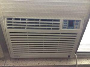 Danby Simplicity 6000 BTU Window Air Conditioner SAC6088EE