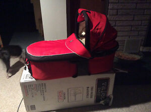 Bassinet for Valco Baby  runabout
