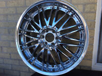 Like New 4 Chrome Rims with centre covers, 20 inch, 6 Bolt P