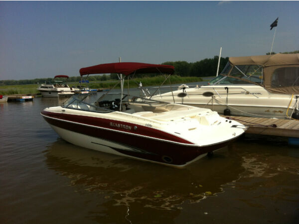 2007 Glastron Inc GXL-255 open deck
