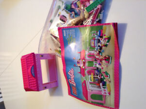 Megabloks ranch Barbie et dinosaures
