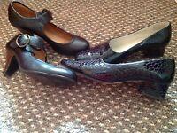 2 X Ladies shoes